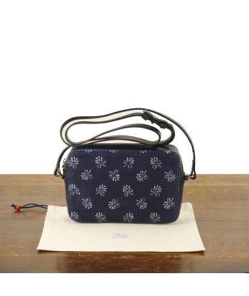 Dilians kleine viereckige Tasche Lilly1 P0306