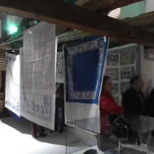 Fromholzer Tücher in Europahaus Freyung